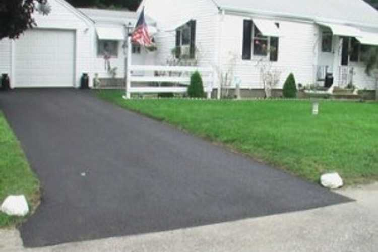 Photo(s) from Youngs Paving