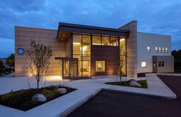 Photo(s) from Tektoniks Architects