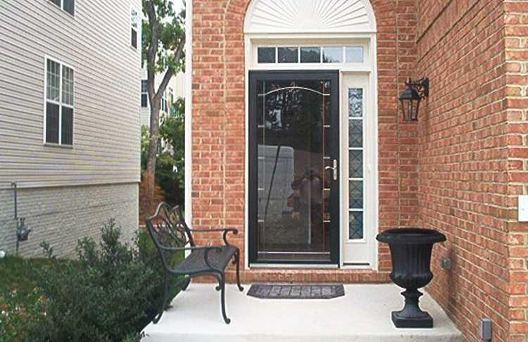 B R B Home Maintenance Storm Door Installation (Before and After)